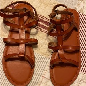 American Eagle Sandals brand new